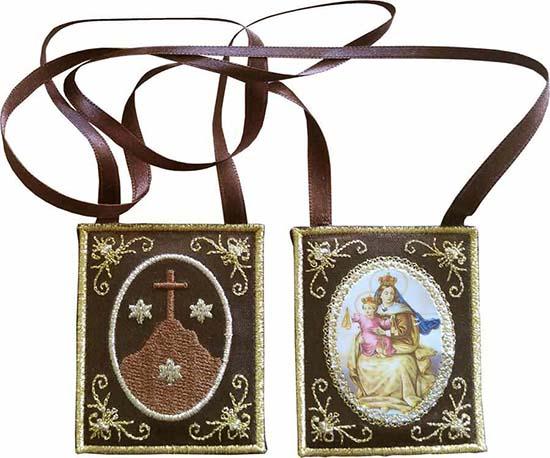 Tarot virgen-del-carmen-medallas-religiosas Escapulario de la Virgen del Carmen, símbolo de salvación amuletos Protección